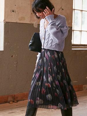 NA-KD Trend Veckad Chiffongkjol Med Blommigt Tryck multicolor