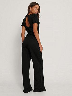 Trendyol Jumpsuit Med Detaljer svart