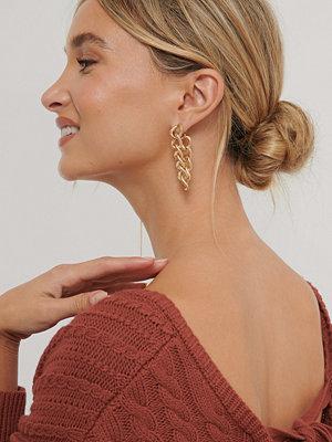 NA-KD Accessories smycke Örhängen Med Hängande Kedja Bak guld