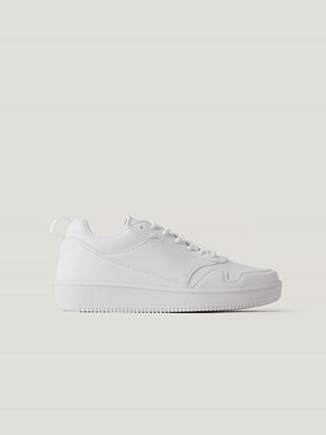 Sneakers & streetskor - NA-KD Shoes Basgympaskor vit