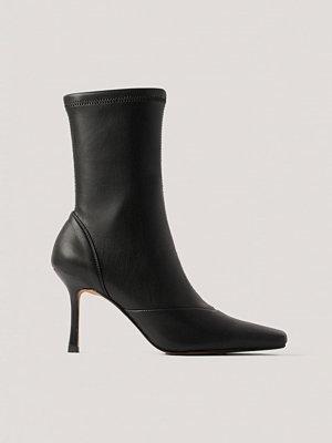 NA-KD Shoes Stövlar Med Spetsig Tå svart