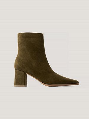 NA-KD Shoes Boots I Mockaimitation Med Smal Tå grön