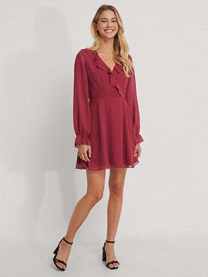 NA-KD Omlottklänning röd