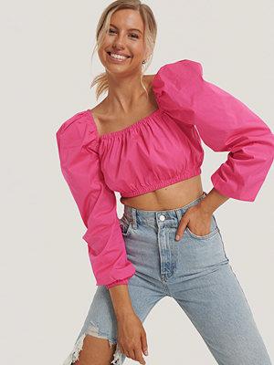 NA-KD Trend Topp Med Puffärm Och Fyrkantig Halsringning rosa