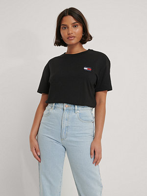 T-shirts - Tommy Jeans Tommy Badge T-Shirt svart