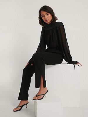 NA-KD Trend Kostymbyxor Med Spetsdetalj svart svarta