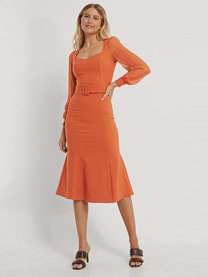 Trendyol Midiklänning orange