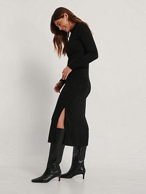 Trendyol Stickad Midiklännning svart