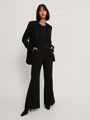 NA-KD Trend Kostymbyxor Med Fyrkantig Fåll svart svarta