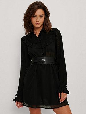 NA-KD Trend Chiffongklänning Med Västerndetaljer svart