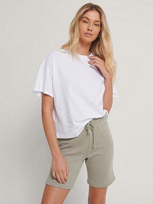 NA-KD Basic Ekologisk Oversize T-shirt Med 3/4-ärm vit