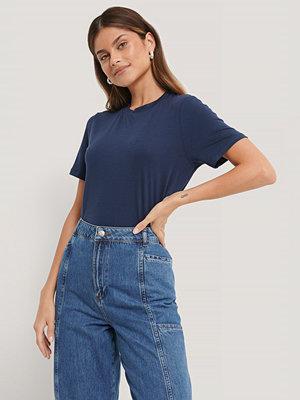 NA-KD Reborn T-Shirt blå