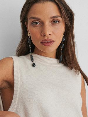 NA-KD Accessories smycke Droppörhängen Med Stenar svart