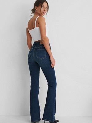 Jeans - NA-KD Reborn Skinny Bootcutjeans blå