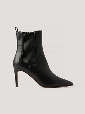 Pumps & klackskor - NA-KD Shoes Stilettboots Med Elastisk Detalj svart
