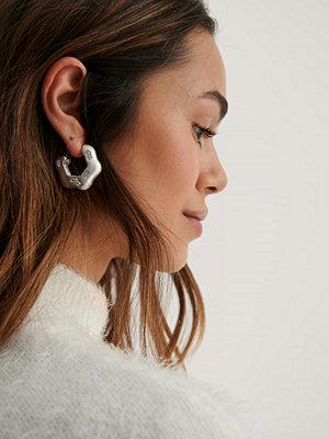 NA-KD Accessories smycke Hoopörhängen Med Stendetalj silver