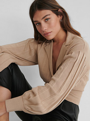 The Fashion Fraction x NA-KD Oversize Croppad Kofta beige