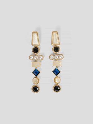 NA-KD Accessories smycke Droppörhängen Med Stenar guld