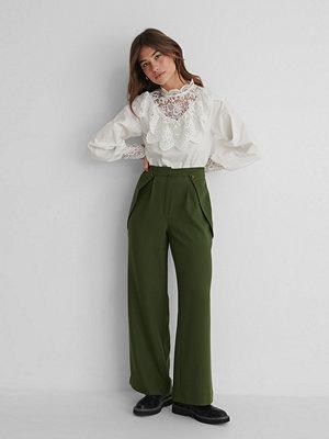 The Fashion Fraction x NA-KD Kostymbyxor Med Hög Midja grön