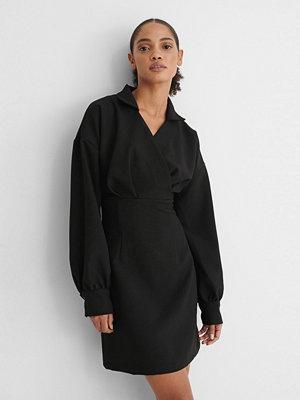Trendyol Klänning svart