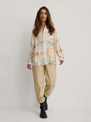 Isha Van Dijk x NA-KD Oversize Skjorta multicolor