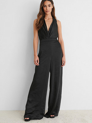 Jumpsuits & playsuits - NA-KD Party Satinjumpsuit svart