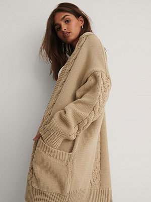 Cardigans - NA-KD Reborn Recycled Stickad Cardigan beige