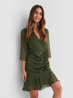 Trendyol Miniklänning Med Dragsko grön