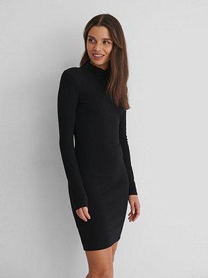 Mango Rosario Dress svart