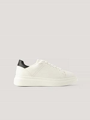 Sneakers & streetskor - NA-KD Shoes Gympaskor vit