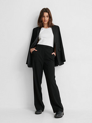 NA-KD Classic Kostymbyxor I Satin svart svarta