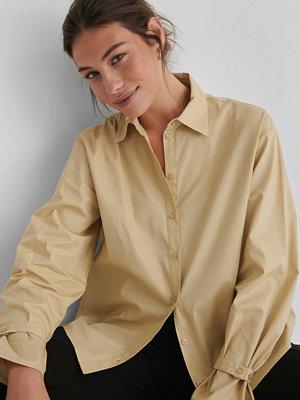 Andrea Badendyck x NA-KD Ekologisk Klassisk T-shirt I Bomull beige