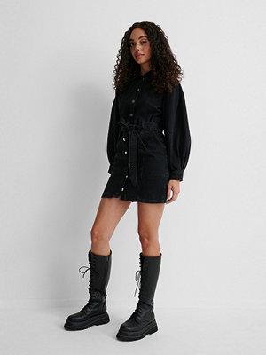 NA-KD Reborn Ekologisk Puffärmad Denimklänning Med Lång Ärm svart