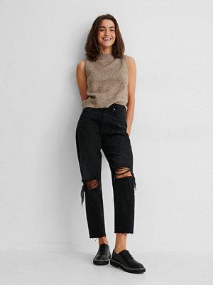 NA-KD Reborn Ekologiska Jeans Med Hög Midja Och Slitningar På Knät svart