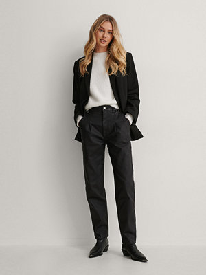 Jeans - NA-KD Coatade Avsmalnande Jeans svart