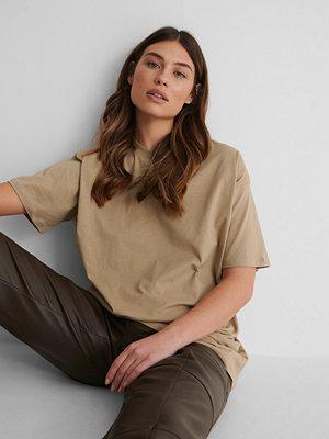 NA-KD Ekologisk Oversize T-shirt beige