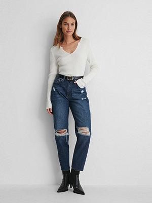 NA-KD Reborn Ekologiska Jeans Med Hög Midja Och Slitningar På Knät blå