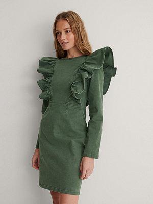 NA-KD Ekologisk Veckad Denimklänning grön
