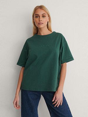NA-KD Ekologisk T-shirt Med Tryck grön