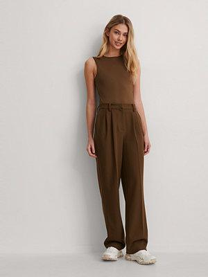 Gøhler x NA-KD Kostymbyxor brun bruna