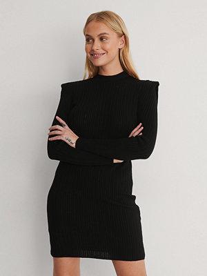 Trendyol Miniklänning svart