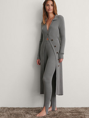 Cardigans - NA-KD Trend Sidoknäppt Lång Stickad grå