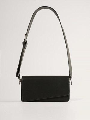 NA-KD Accessories Väska svart axelväska