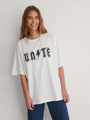 NA-KD Ekologisk Tryckt T-shirt vit