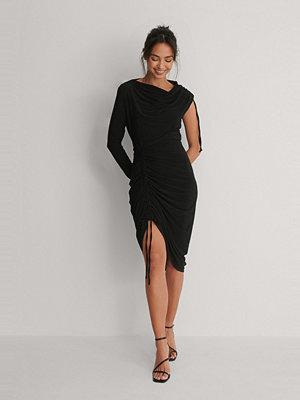 Trendyol Miniklänning Med Rynkad Detalj svart