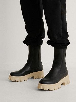 Boots & kängor - NA-KD Shoes Stövlar Med Elastiska Skaft svart