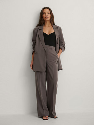 Matiamu By Sofia x NA-KD Kostymbyxor lila grå