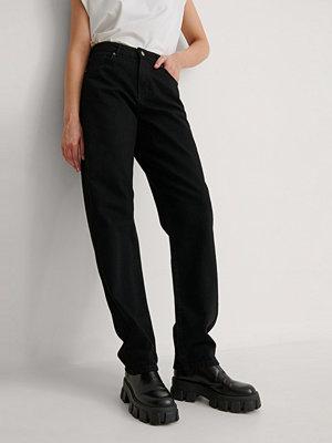 NA-KD Reborn Ekologiska Jeans svart