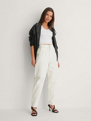 NA-KD Trend Jeans Med Veck Fram vit