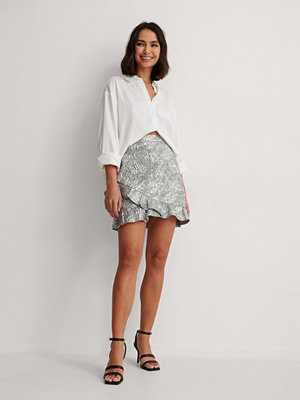 NA-KD Party Jacquard Frill Metallic Skirt silver